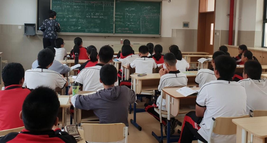 Continuano le partenze di volontari per l'insegnamento dell'italiano nelle scuola nella Provincia cinese di Zhejiang.